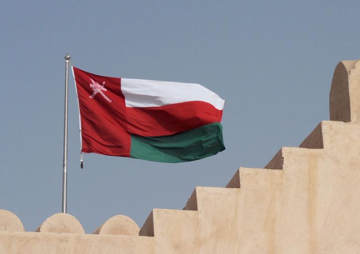 سيرة المسلمين: تقاليد الحكم والسياسة في عُمان ،تطبيق الشريعة (الرِق نموذجاً)