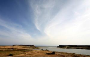 خور روري أكبر بحيرة عذبة في الجزيرة العربية
