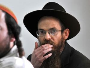 إسحاق شابيرا .. والإرهاب المسكوت عنه
