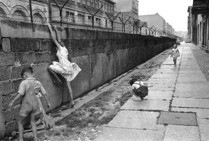 جدار برلين (١٩٦١ - ١٩٨٩)